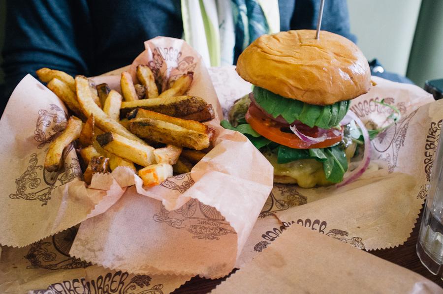bare_burger-5